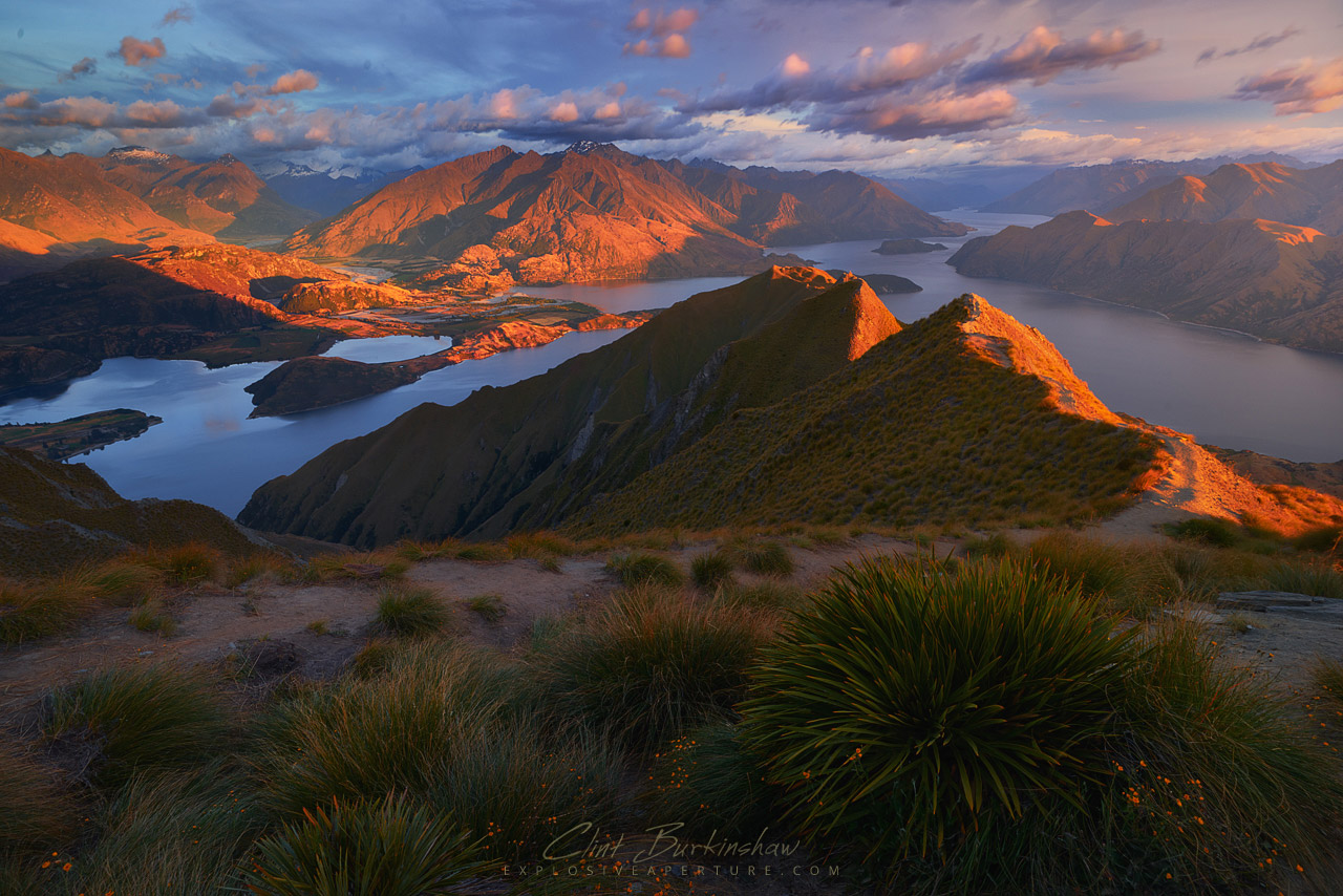 Sunrise over New Zealand's Roy's Peak